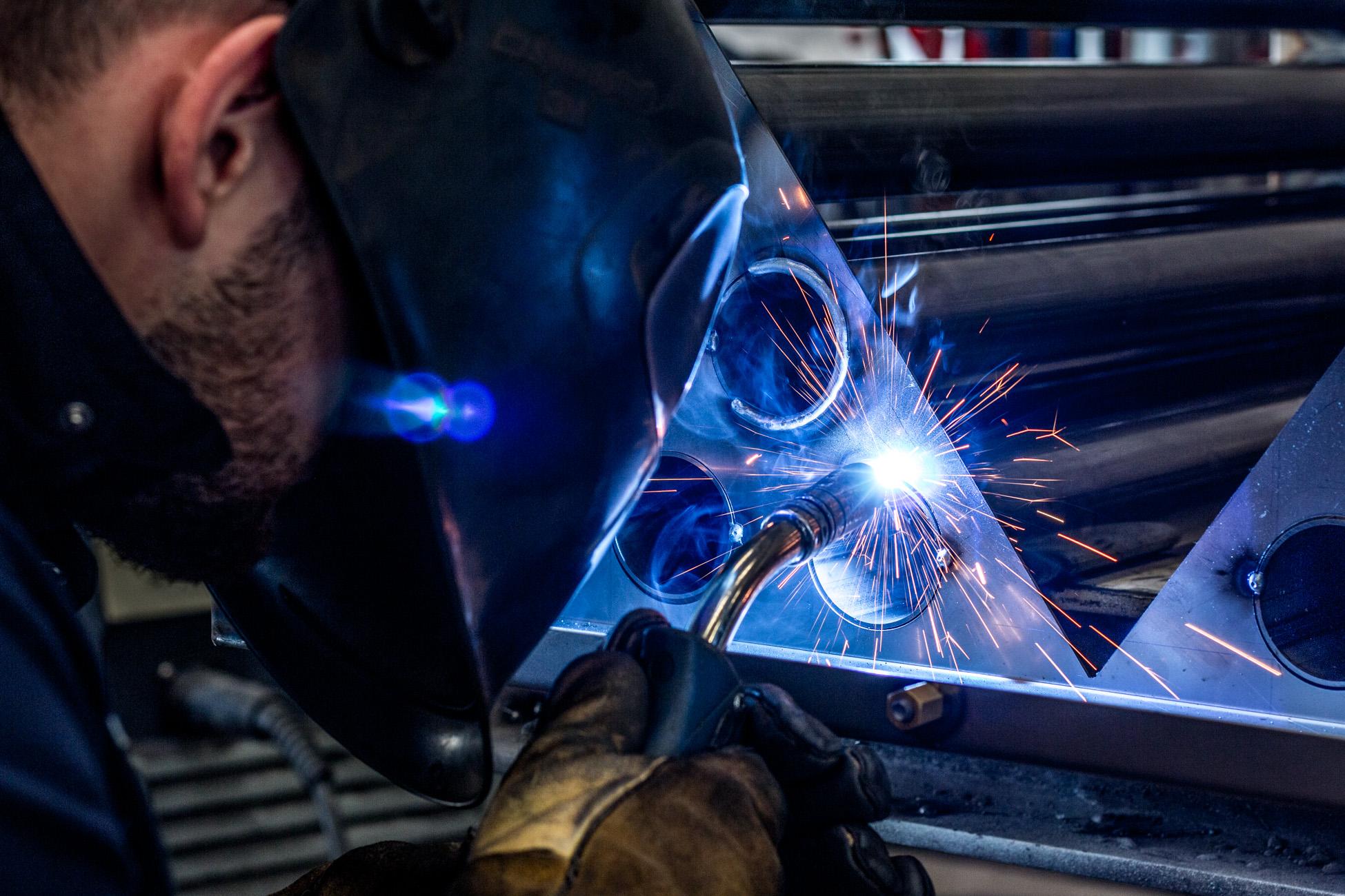 Metallbauer bei der Arbeit