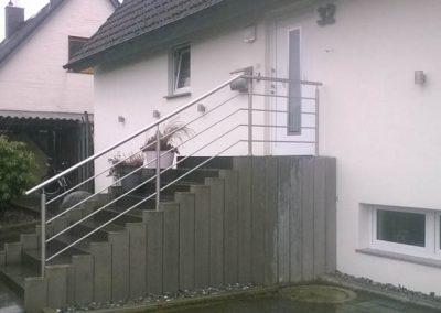 Treppengeländer am Hauseingang